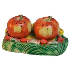 Apple Salt and Pepper with Holder Japan