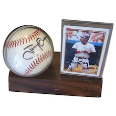 Signed Baseball and Topps 180 Card Tony Gwynn Padres 1991