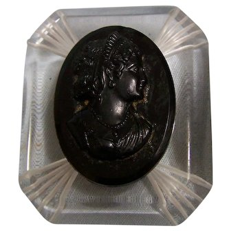 Art Deco Style Black Cameo on Lucite Brooch