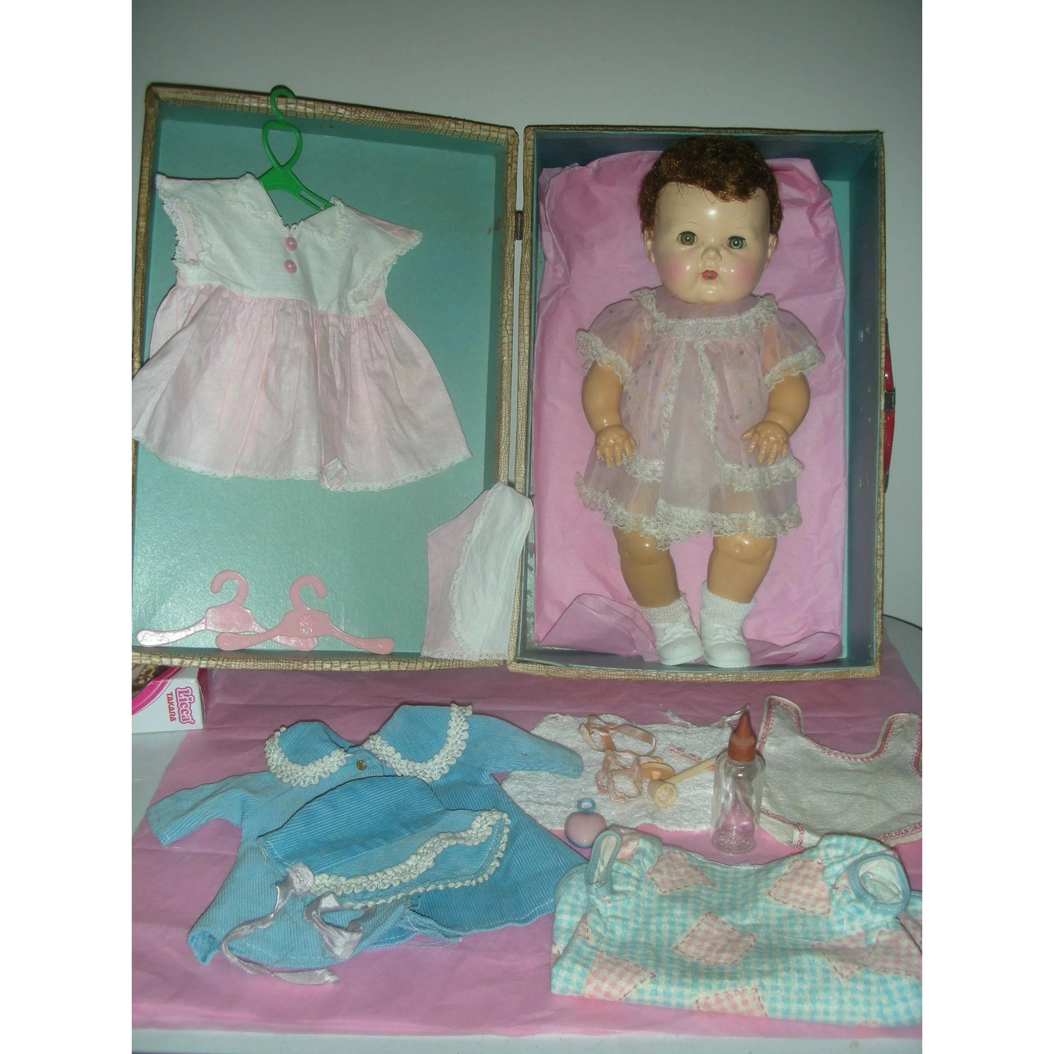 4cdc0e96f8e2 Early Tiny Tears Doll with Layette Rare Saran Hair with Rubber Body ...