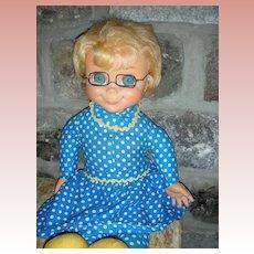 """Vintage Mattel Mrs. Beasley Doll 1967 From TV Show """"Family Affair"""" Pullstring Doll"""