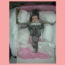 Madame Alexander 21 Inch Houndstooth Cissy Doll NRFB