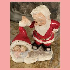Vintage Rare Lefton Santa with Angel Babies Christmas  Figurine