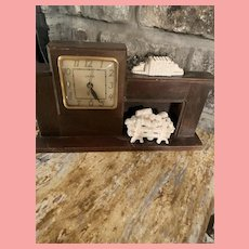 Vintage Mid Century United Fireplace Clock