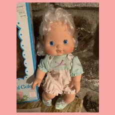 Vintage Kenner Baby Angel Cake Blow Kiss Doll Strawberry Shortcake 1980's