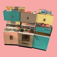 Vintage Deluxe Reading Barbie Doll Size kitchen 1950's