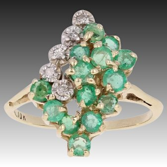 1.05ctw Round Brilliant Emerald & Diamond Ring - 10k Yellow Gold Cluster