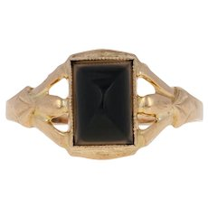 Cabochon Cut Onyx Victorian Ring - 10k Yellow Gold Antique Milgrain Solitaire