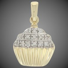 Single Cut Diamond-Accented Cupcake Pendant - 10k Gold Frosted Dessert Baking