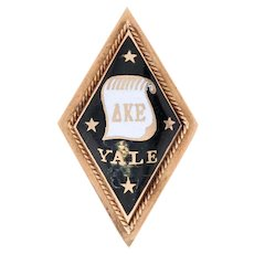 Delta Kappa Epsilon Badge -14k Yellow Gold Enamel 1904 Yale Fraternity Pin
