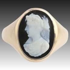 Edwardian Carved Banded Agate Cameo Ring - 10k Yellow Gold Women's Size 3 1/4