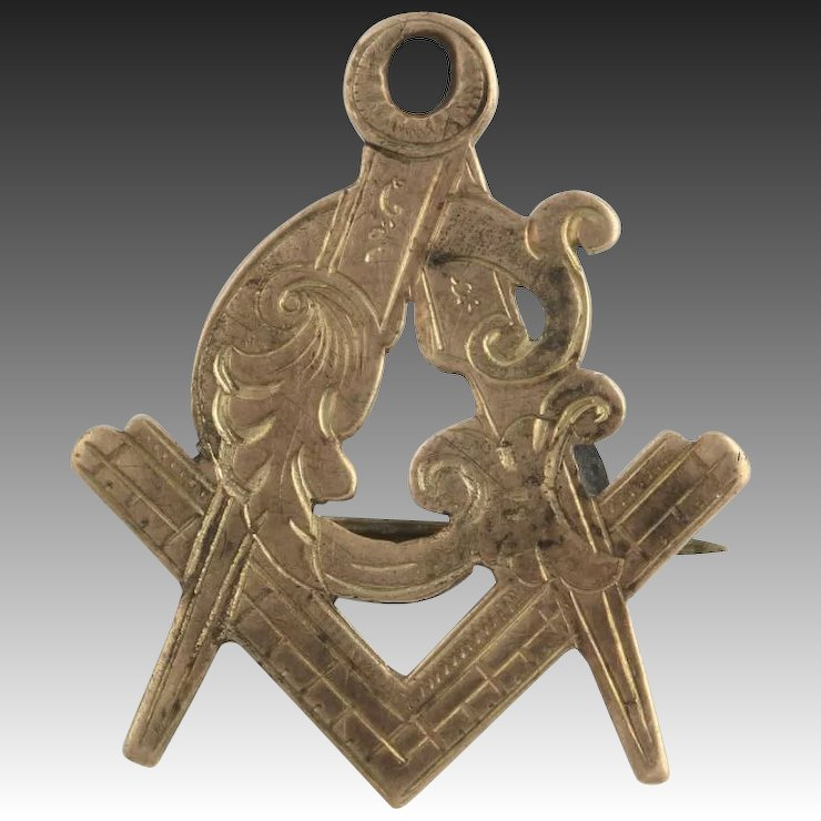 Antique Masonic Pin C1880 1890 10k Yellow Gold Square And Compass