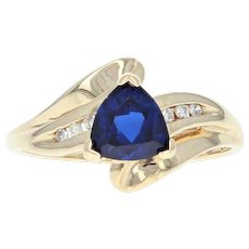 Synthetic Sapphire & Diamond Bypass Ring - 10k Yellow Gold 1.66ctw Trillion
