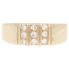 Men's Diamond Ring - 14k Yellow Gold Size 9 Round Cut .27ctw