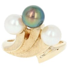 Cultured Pearl Bypass Ring - 14k Yellow Gold Crosshatch Fan Size 6