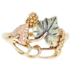 Tri-Tone Etched Grape Leaf Ring - 10k Yellow, Rose, & Green Gold Size 7 3/4