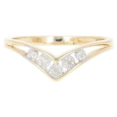 V-Shaped Ring - 14k Yellow Gold Diamond Accents Women's Size 5 3/4