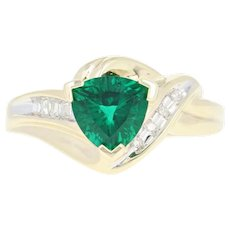 Synthetic Emerald & Diamond Ring - 10k Yellow Gold Trillion Brilliant 1.27ctw