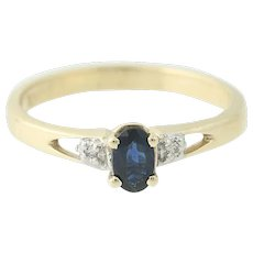 Sapphire & Diamond Ring - 10k Yellow Gold Engagement Oval Brilliant .31ctw
