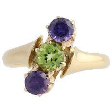 Edwardian Three Stone Ring - 18k Yellow Gold Peridot Synthetic Sapphire