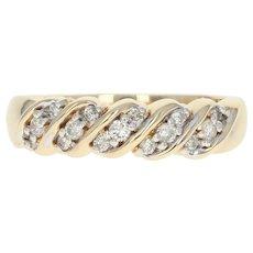 Diamond Ring - 14k Yellow Gold Women's Size 8 1/4 Round Cut .25ctw