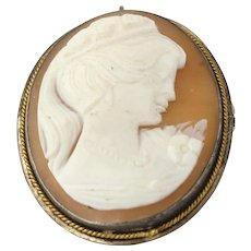 Vintage Carved Shell Cameo Brooch - 925 Sterling Silver Women's Fine Estate