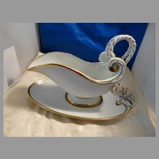Fancy Gravy Boat w Under Plate Antique Nautical Rope
