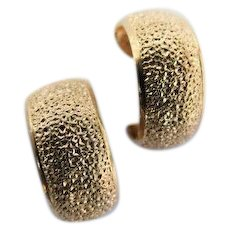 Classy Lewis Segal of California Designer Signed Gold Tone Textured Hoop Earrings Clip Ons VINTAGE