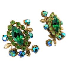 Peridot & Emerald Green Vintage Aurora Borealis Riveted Crystal Rhinestone 1.15inches Earrings Clip Ons