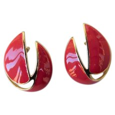 Trifari Bright Tomato Red Enamel & Shiny Gold Tone 1.50inches Pierced Post Earrings
