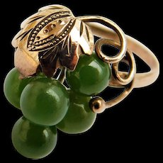 14k Jade Nephrite Bunch of Green Grapes Bead Cluster Ring Vintage Yellow Gold 14KT