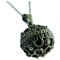 Vintage Mexico Sterling Silver Ornate Work Musical Chime Jingle Ball Sphere Pendant & Necklace