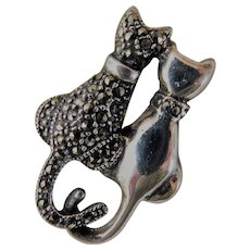 Marcasite Pair of  Cats Brooch Pin 925 Sterling Silver Meow-velous Kitty Felines Kittens