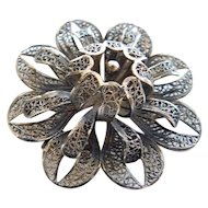 Beautiful Vintage Sterling Silver Spun Silver Filigree Flower Brooch Pin