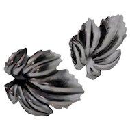 Jewel Art Sterling Silver Signed Leaf Earrings Screw Back Vintage