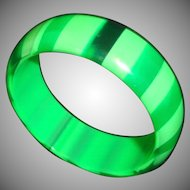 Vintage 1960's Green Striped Lucite Bangle Bracelet