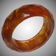 Vintage Faceted Marbled End of Day Lucite Bangle Bracelet