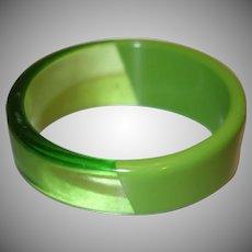 Vintage Diagonal Patterned Sliced Green Lucite Bangle Bracelet