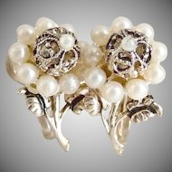 Early Coro earrings filigree flower seed pearl screw back