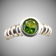 Vintage peridot ring sterling silver bezel set