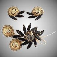 Delizza Ester Juliana brooch earrings black navettes