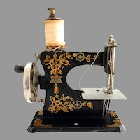 Antique German Casige toy sewing machine c. 1910 FABULOUS CONDITION!