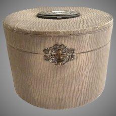 Victorian mens collar box patent date 1890s