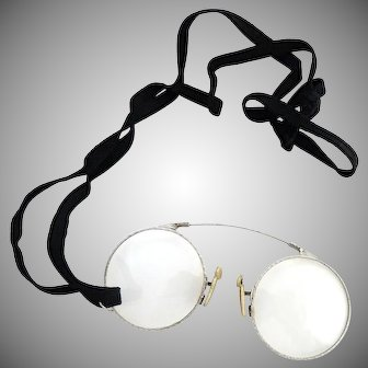 Silver framed pince nez with ribbon eyeglasses