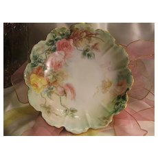 Gorgeous PEACH AND YELLOW VICTORIAN TEA ROSES Antique Hand Painted Scalloped Serving Decorative Floral Art Centerpiece Bowl Rosenthal R&C Malmaison Bavaria ca 1898