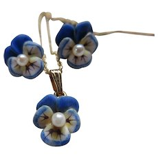 Art Nouveau 14K Enameled Cultured Pearl Pansy Set   Earrings Necklace and Stick Pin