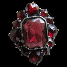 Antique Garnet 800 Silver Ring