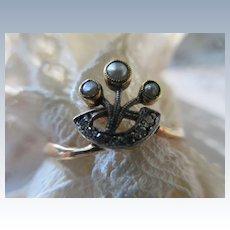 Antique 18K Platinum Seed Pearl Diamond Ring