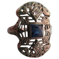 Vintage 14K Deco White Gold Filigree Sapphire Ring