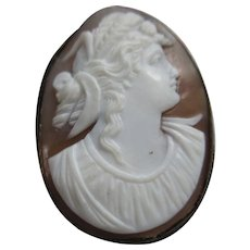 Antique 10K Carved Shell Cameo Brooch